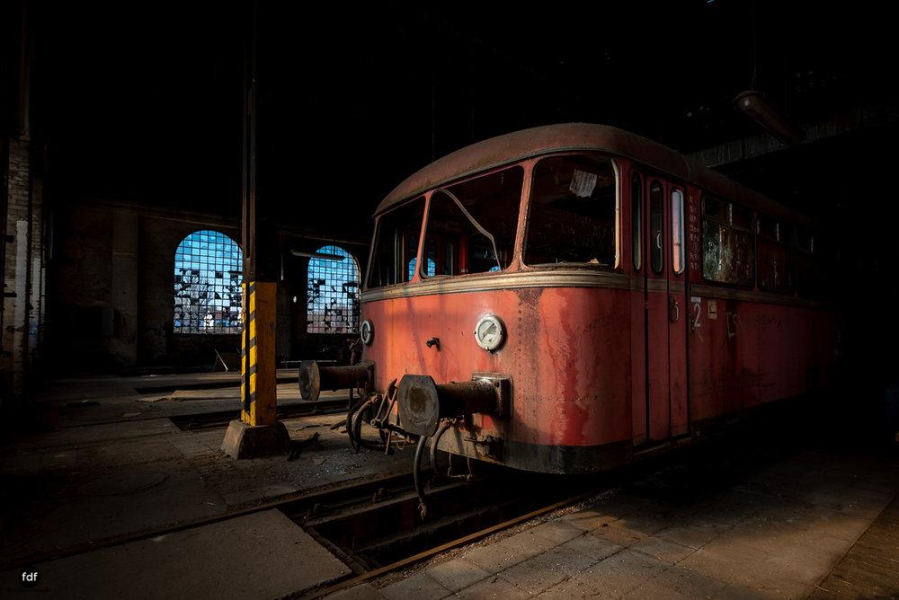 Red Trains-Rote Züge-Mitropa-Binding Bier-Bahn-Lost Place-90.JPG