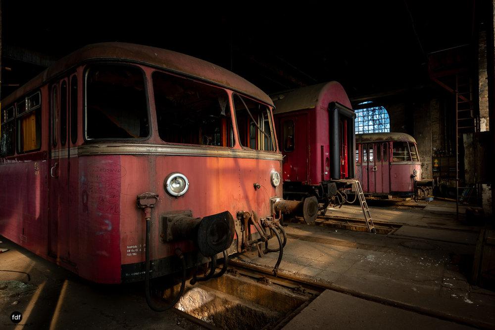 Red Trains-Rote Züge-Mitropa-Binding Bier-Bahn-Lost Place-95.JPG