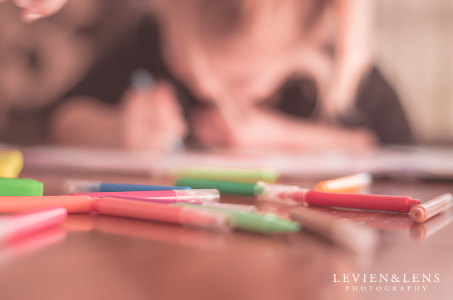 Lifestyle colouring family session | Auckland Kids Photographer