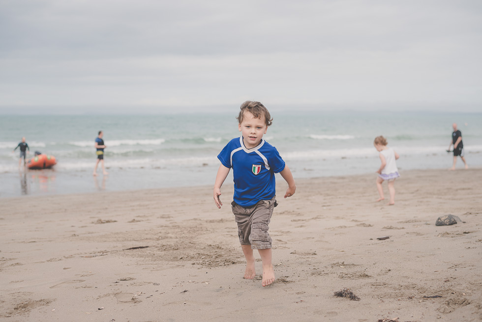 Mairangi Bay kids-family fun  {Auckland-Hamilton documentary photographer}