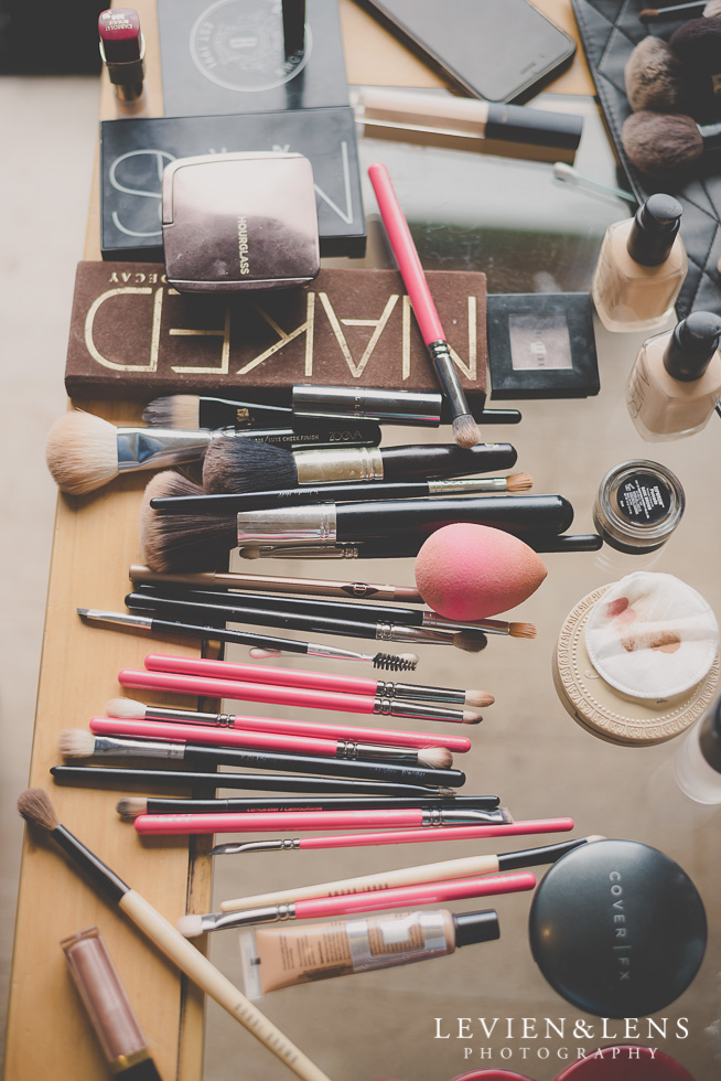 makeup stuff on the table {Auckland-Waikato wedding photographer}