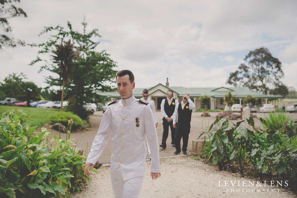 Footbridge Lodge Wedding {Auckland-Bombay couples photographer}