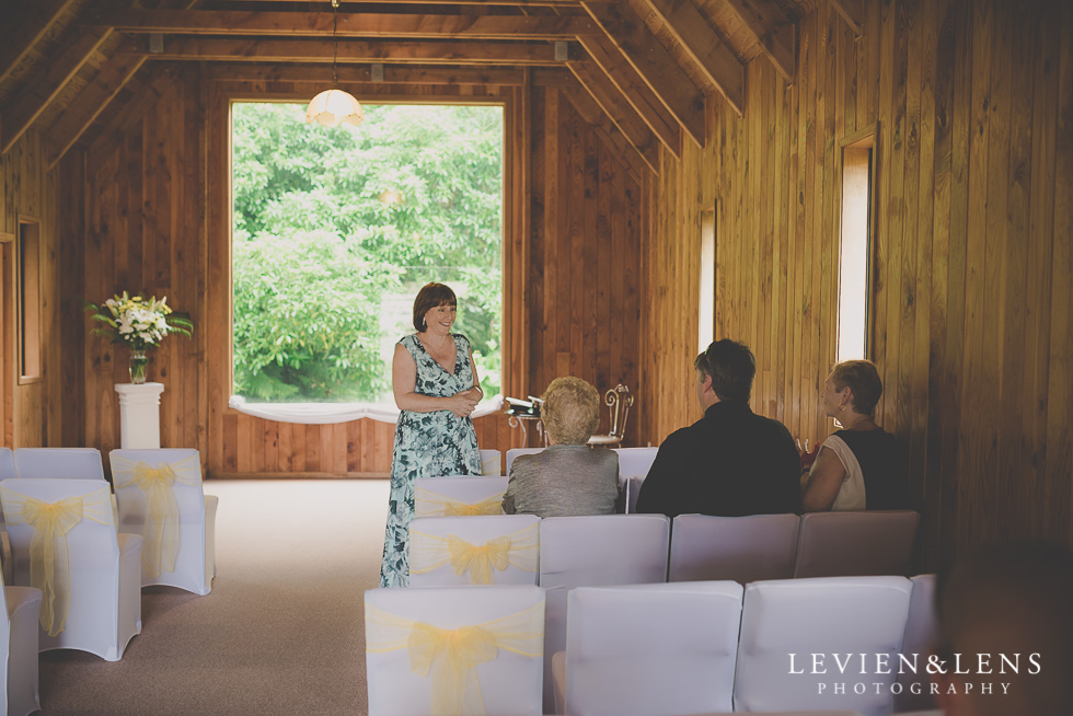 Footbridge Lodge Wedding Ceremony {Auckland-Bombay couples photographer}