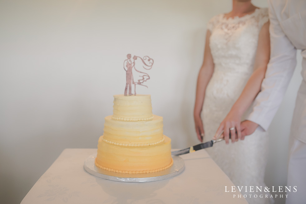 cake cutting reception {Auckland-Hamilton wedding photographer}
