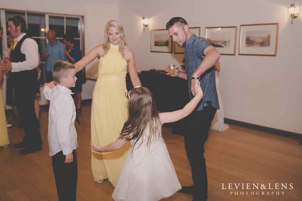 dance reception {Auckland-Hamilton wedding photographer}