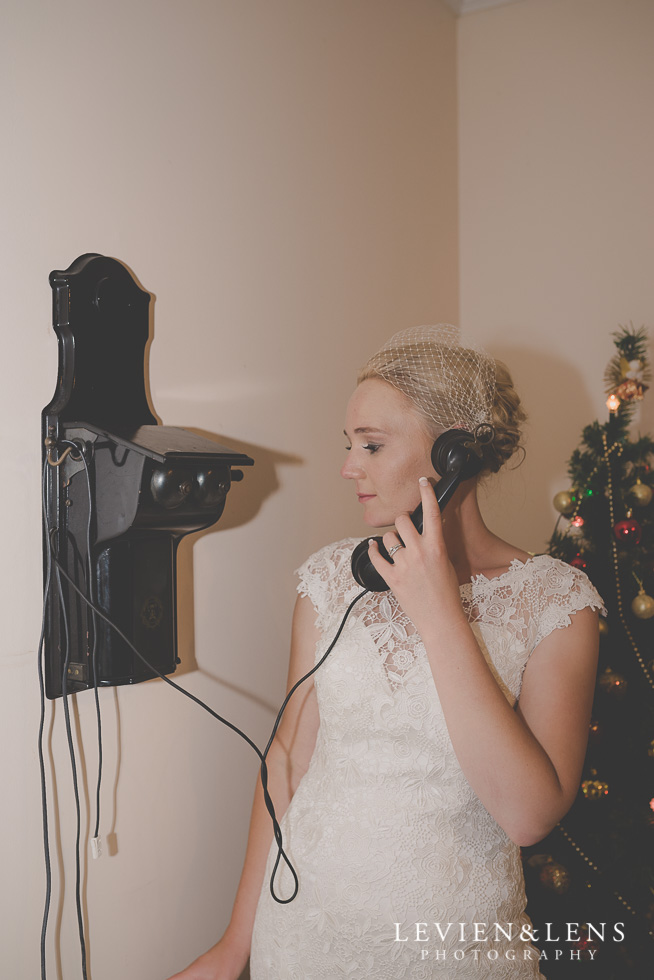 bride with old phone reception {Auckland-Hamilton wedding photographer} Footbridge Lodge