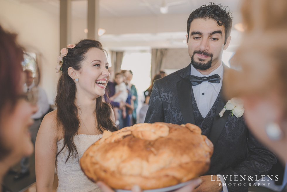 russian tradition karavai Parnell on the Rose Garden {Auckland lifestyle wedding photographer}
