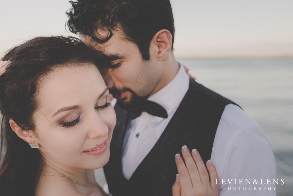 tender moments bride and groom St Heliers beach {Auckland-Hamilton-Tauranga wedding photographer}