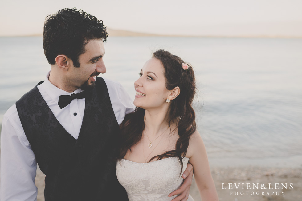 amazing couple emotions St Heliers beach {Auckland-Hamilton-Tauranga wedding photographer}