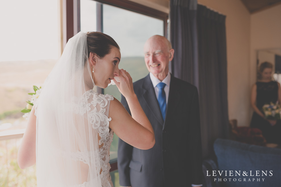 first look with Dad Castaways {Auckland wedding-couples-engagement photographer}