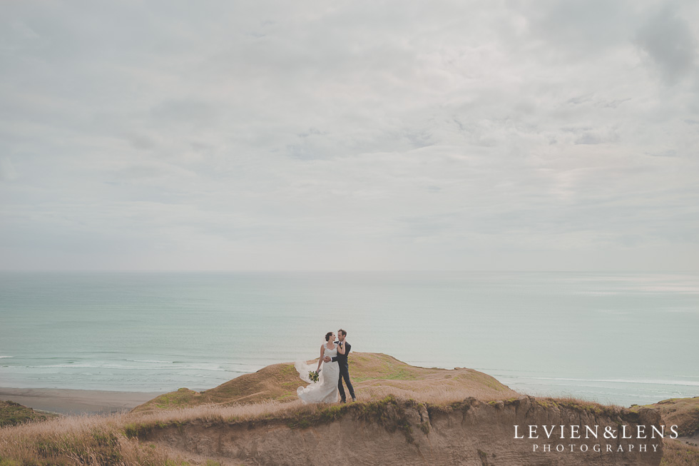 stunning couple location shoot Kariotahi beach Castaways {Auckland wedding-engagement-couples photographer}