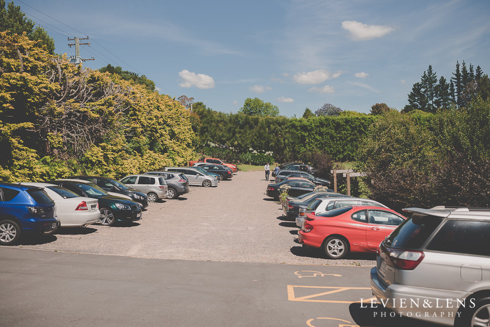 parking Ataahua Garden Venue {Tauranga wedding photographer}