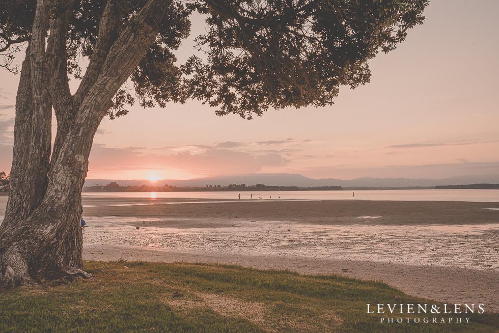 sunset {Auckland-Hamilton-Tauranga wedding photographer}