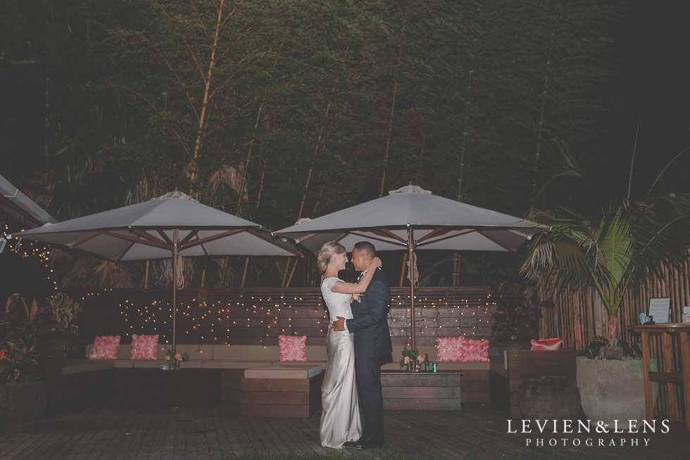 bride and groom first dance Landscendt Tropical Garden {Auckland wedding photographer}