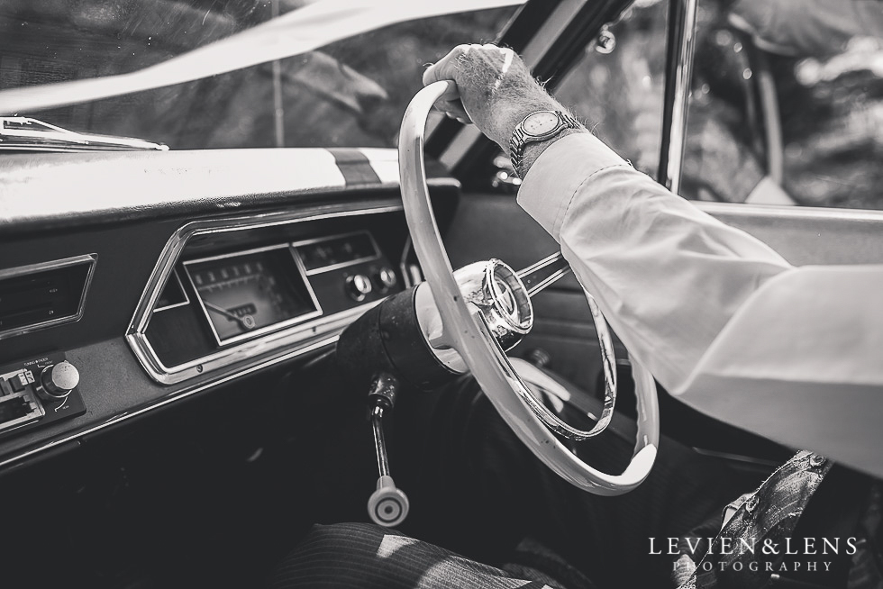 retro car {Northland-Auckland-Waikato wedding photographer}
