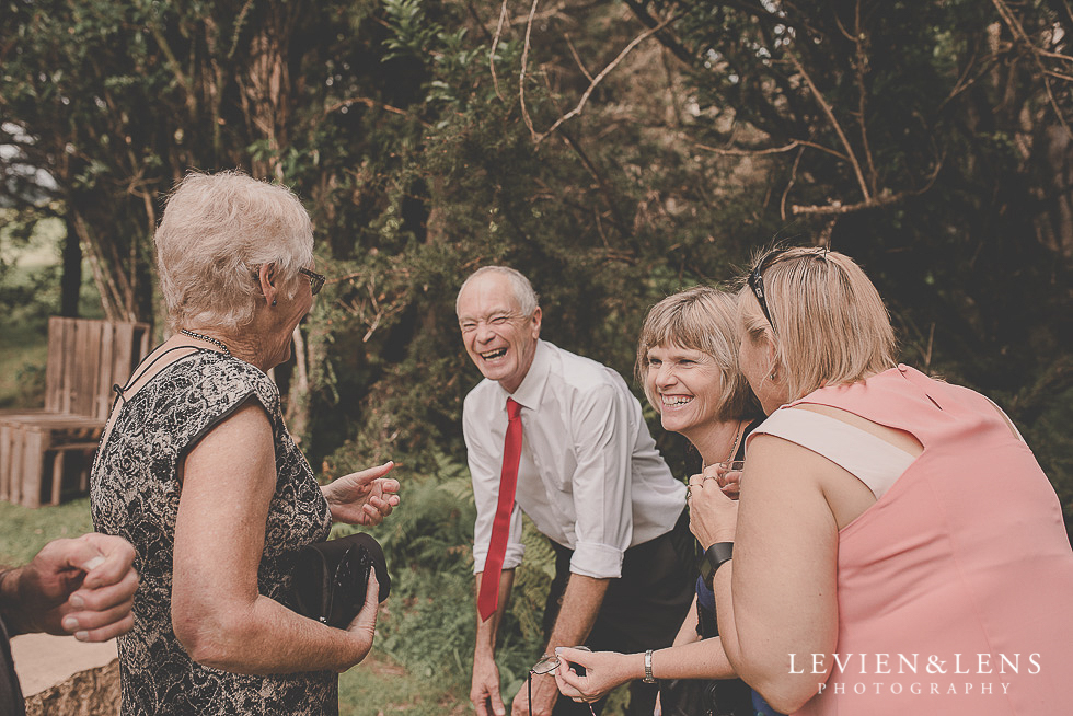guests {Auckland-Hamilton-Tauranga wedding photographer}