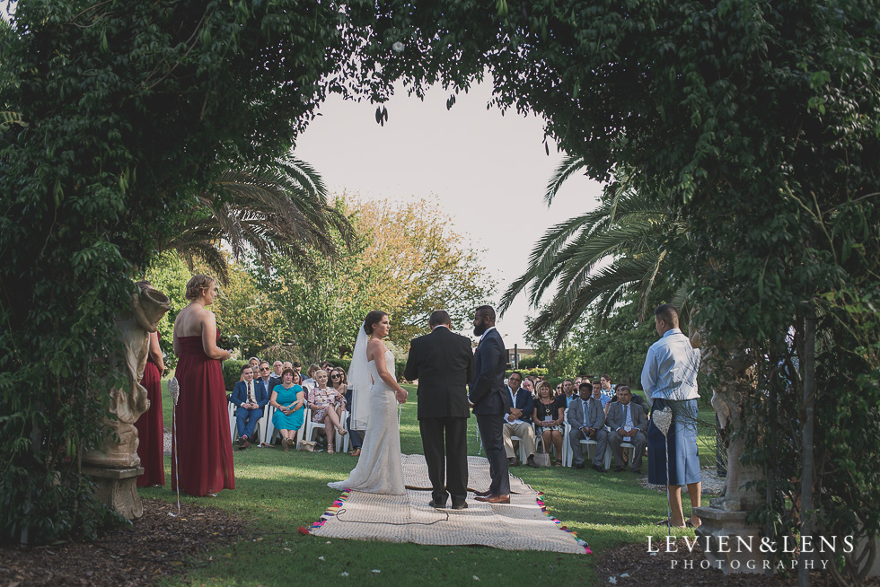 ceremony Brigham - Herald Island {Auckland lifestyle wedding photographer}