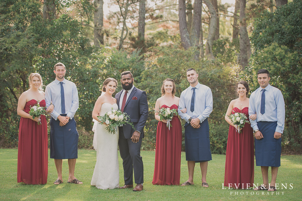bridal party Brigham - Herald Island {Auckland lifestyle wedding photographer}