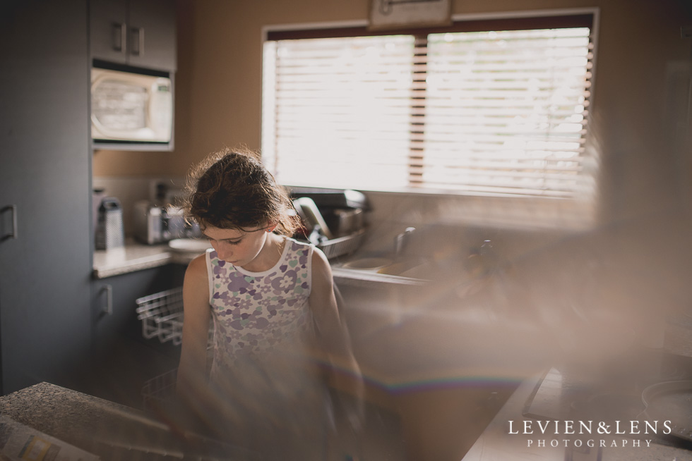 girl at kitchen {New Zealand lifestyle photographer}