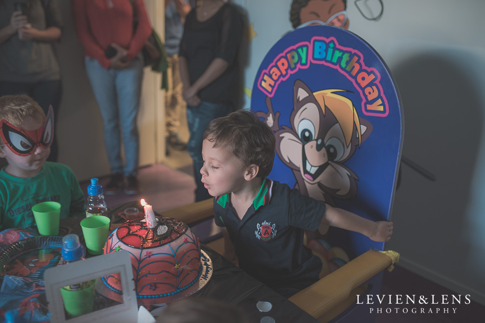 4 years birthday party {New Zealand lifestyle photographer} boy