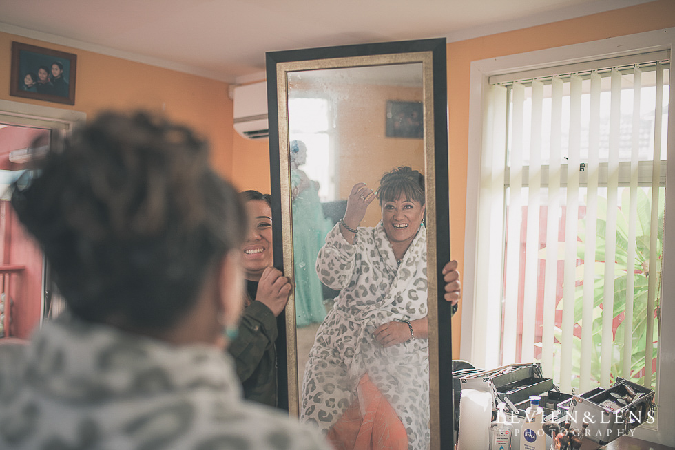 getting ready mirror Mothers on wedding - Mother's Day feature {New Zealand lifestyle couples-engagement photographer}