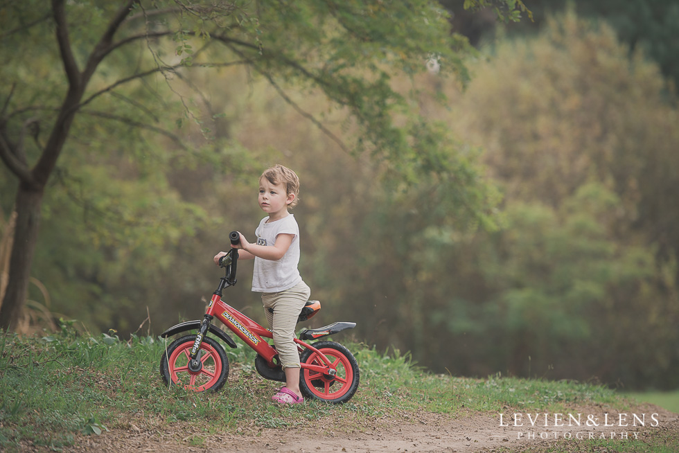 girl Adventures on the bike track {Hamilton NZ lifestyle wedding photographer}