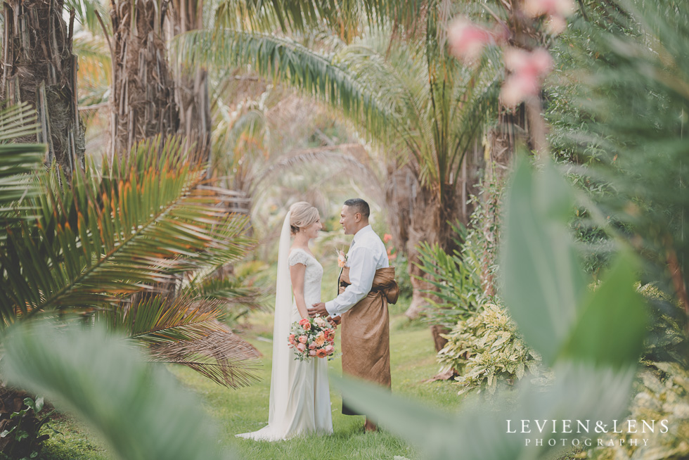 Landsendt tropical garden venue {Auckland NZ lifestyle wedding photographer}
