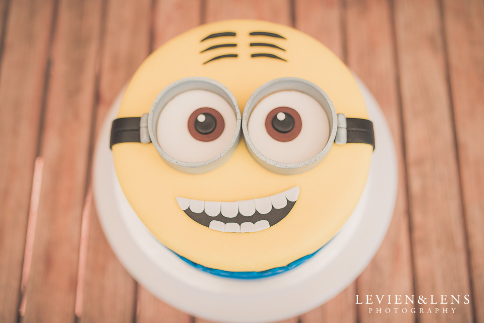 birthday cake Butterfly Creek Minions birthday party {Auckland NZ event photographer} Nazar 1 year old