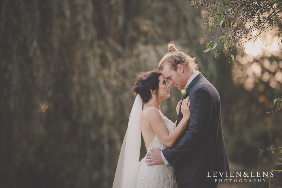 bride and groom intimate moment St Margarets Cafe - Karaka {Auckland lifestyle wedding photographer}