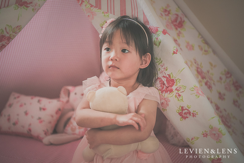 girl near tent - in home session {Hamilton NZ lifestyle family-newborn-kids photographer}