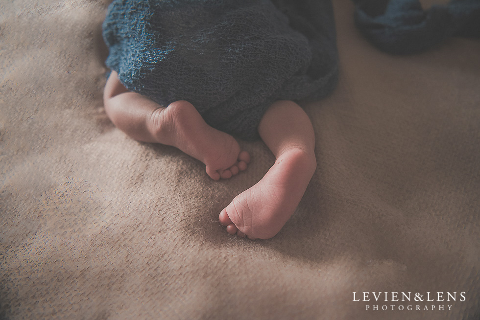 baby boy in home session {Hamilton NZ lifestyle family-newborn-kids photographer}