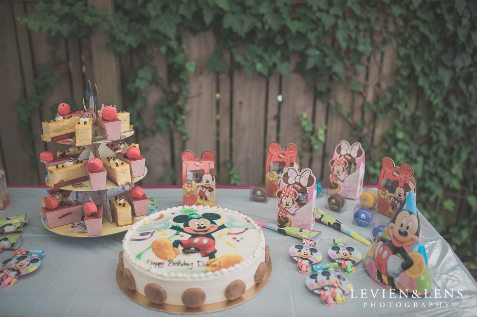 decorations - Rainbows End birthday party {Auckland lifestyle event-family-kids photographer}