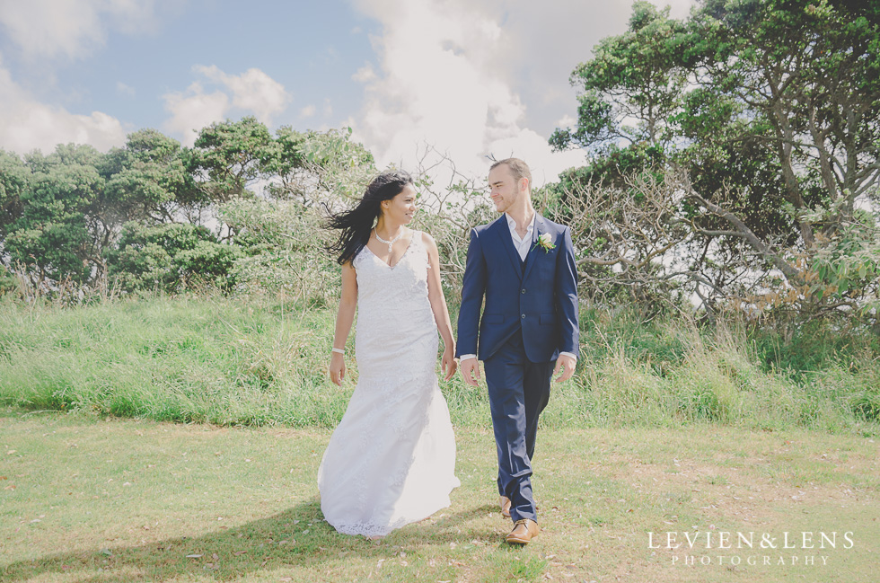 couple walking - est wedding photos {Auckland-Hamilton New Zealand couples photographer}