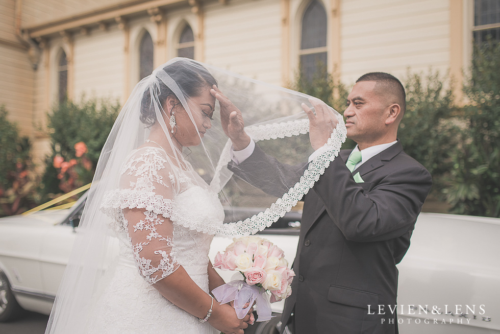 bride with dad before the ceremony - best wedding photos {Auckland New Zealand couples photographer}