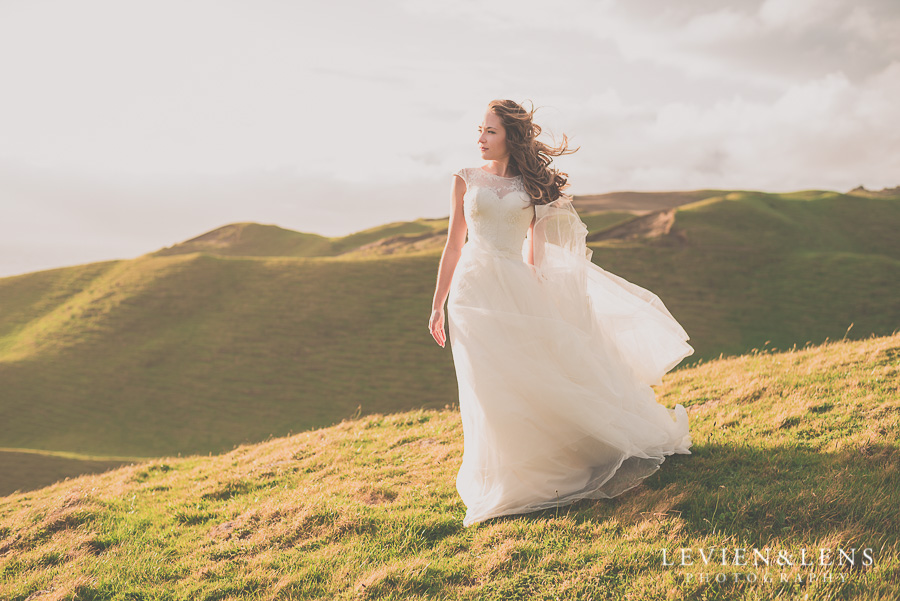 bridal portrait {Auckland wedding photographer} Castaways