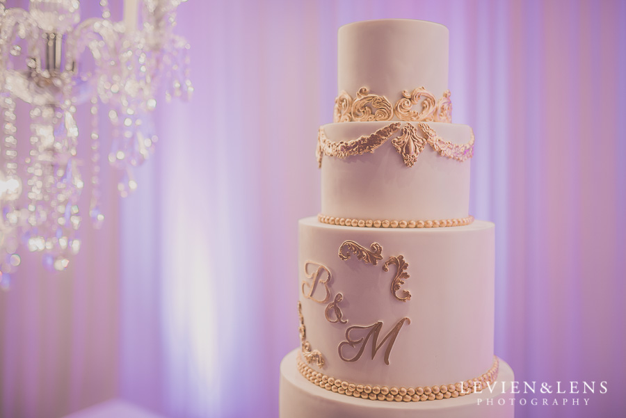 cake - reception details - Langham Hotel Wedding {Auckland-NZ wedding photographer}