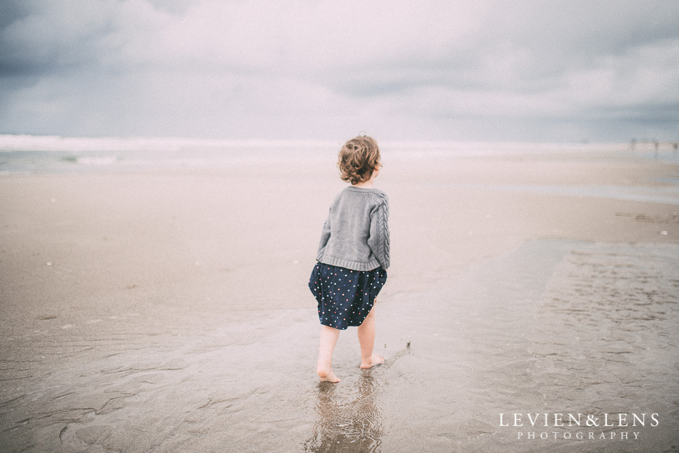 girl walking on the beach - One little day in Tauranga - personal everyday moments {Hamilton NZ wedding photographer} 365 Project