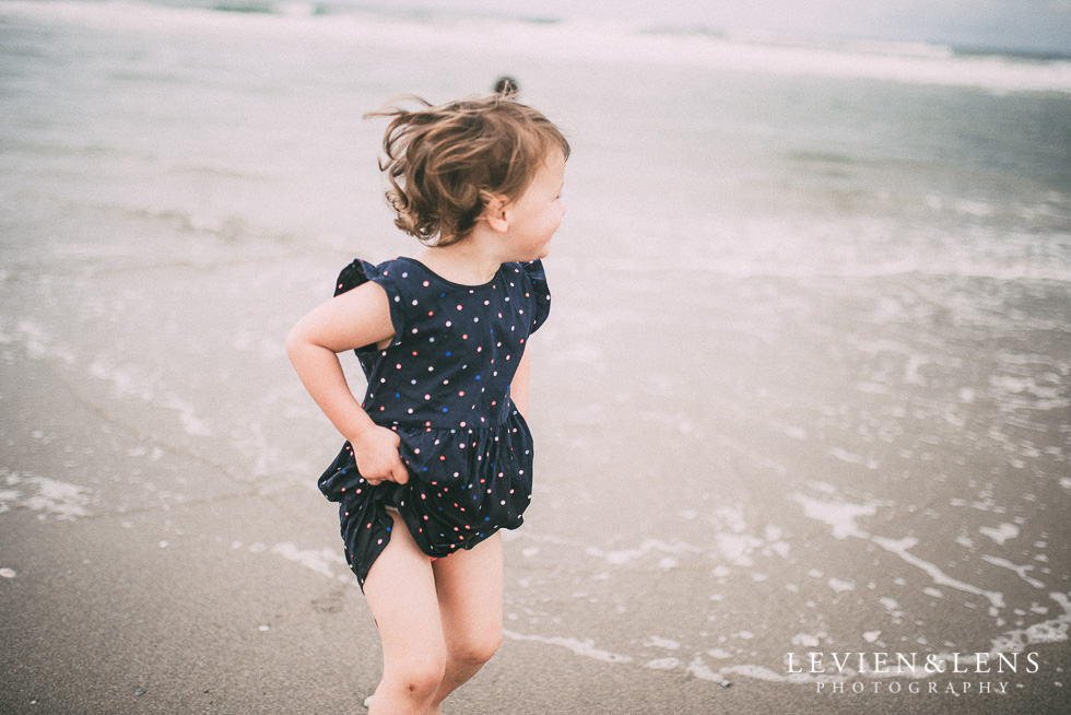 running in the waves - One little day in Tauranga - personal everyday moments {Hamilton NZ wedding photographer} 365 Project