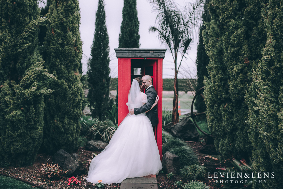 red phone box - Markovina Vineyard Estate - Kumeu {Auckland wedding photographer} bride and groom