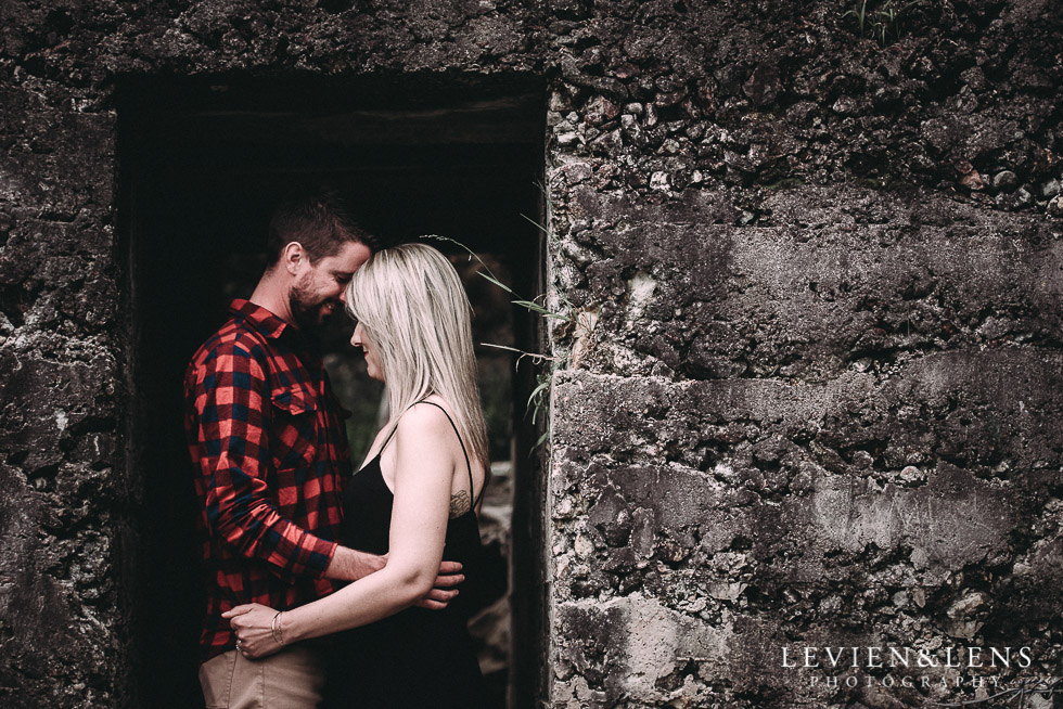 Karangahake George engagement | couples photo shoot {Auckland-Waikato wedding photographer}