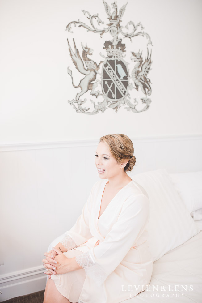 bride getting ready - The Duke of Marlborough Hotel - Russel wedding {Northland-New Zealand weddings photographer}
