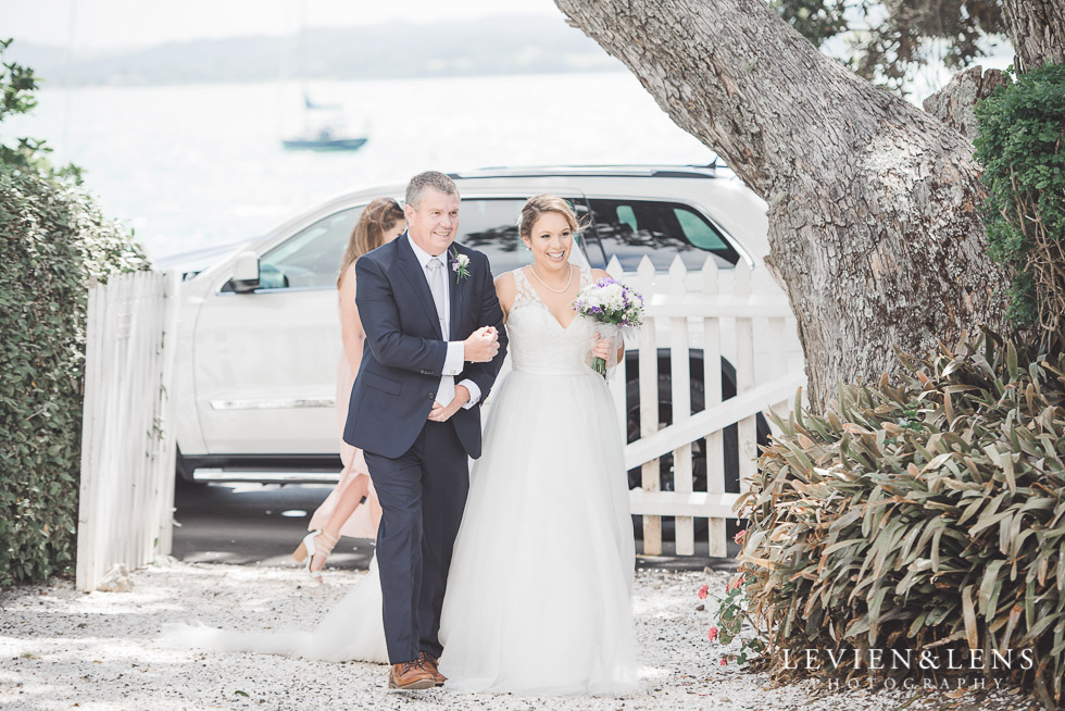 father and bride - Pompallier Mission gardens - The Duke of Marlborough Hotel - Russel wedding {Northland-New Zealand weddings photographer}