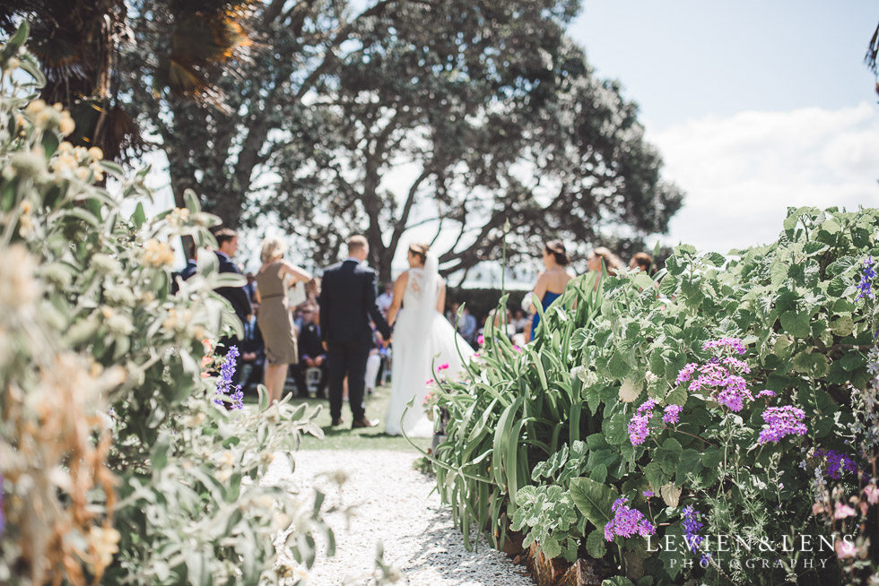Pompallier Garden ceremony - The Duke of Marlborough Hotel - Russel wedding {Northland-New Zealand weddings photographer}