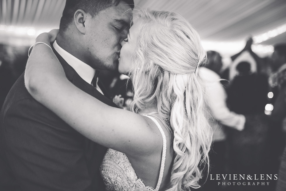 bride and groom kiss - Liddington Gardens - Kerkeri Northland {NZ destination wedding photographer}