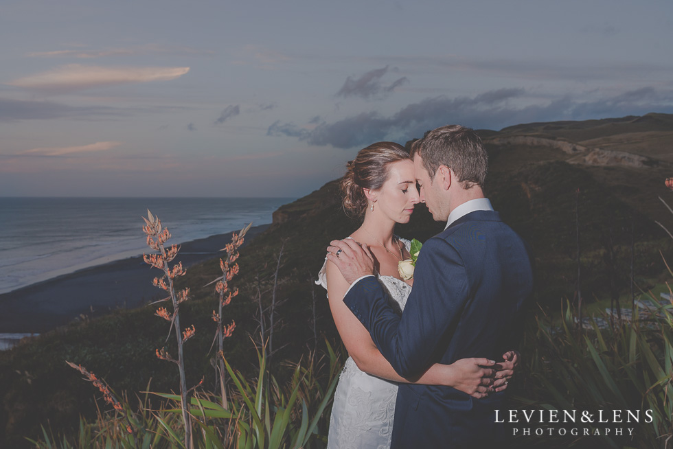 bride and groom sunset photo - Wedding Anniversary {Auckland wedding - photographer} Castaways
