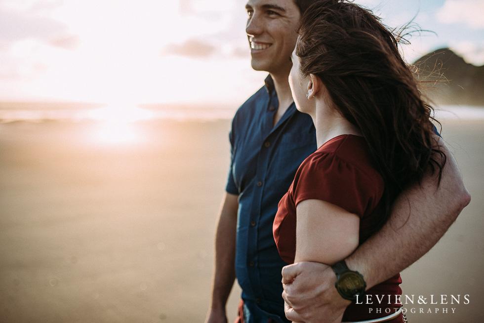 Bethells Beach engagement-couples photo shoot {Auckland wedding photographer}