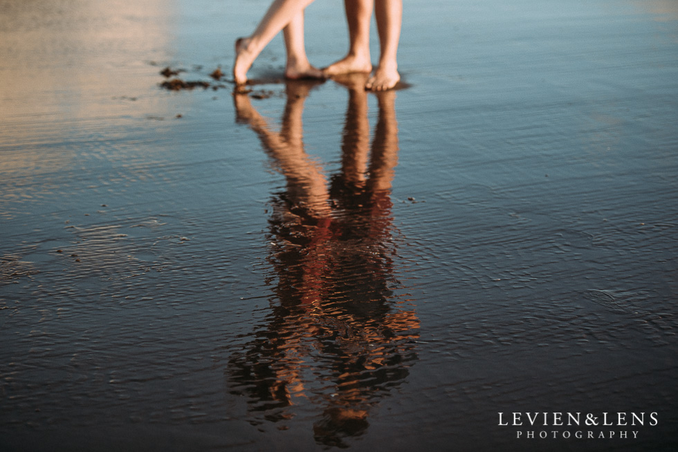 Bethells Beach engagement-couples photo shoot {Auckland wedding photographer}