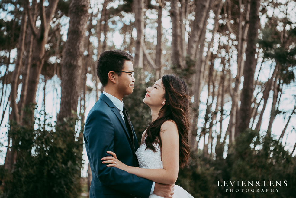Pre-wedding engagement photo shoot - Muriwai Beach {Auckland wedding photographer}