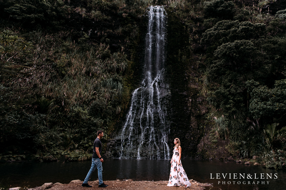 Auckland engagement-wedding photographer