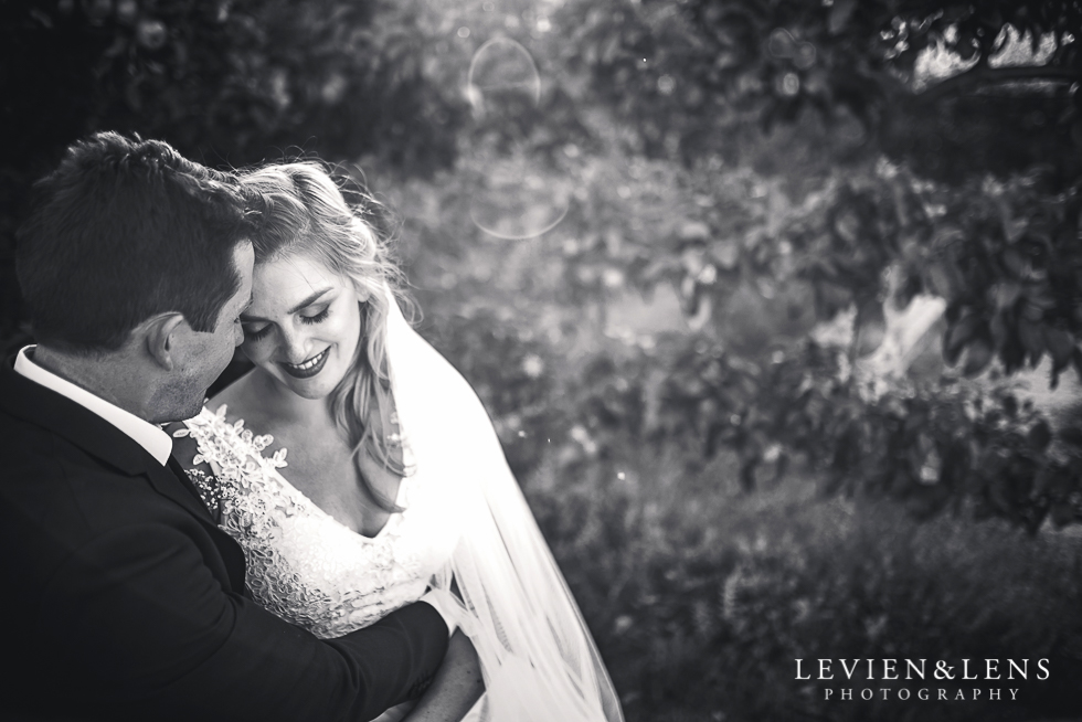intimate moments wedding photographer - emotional couples photography - New Zealand and beyond